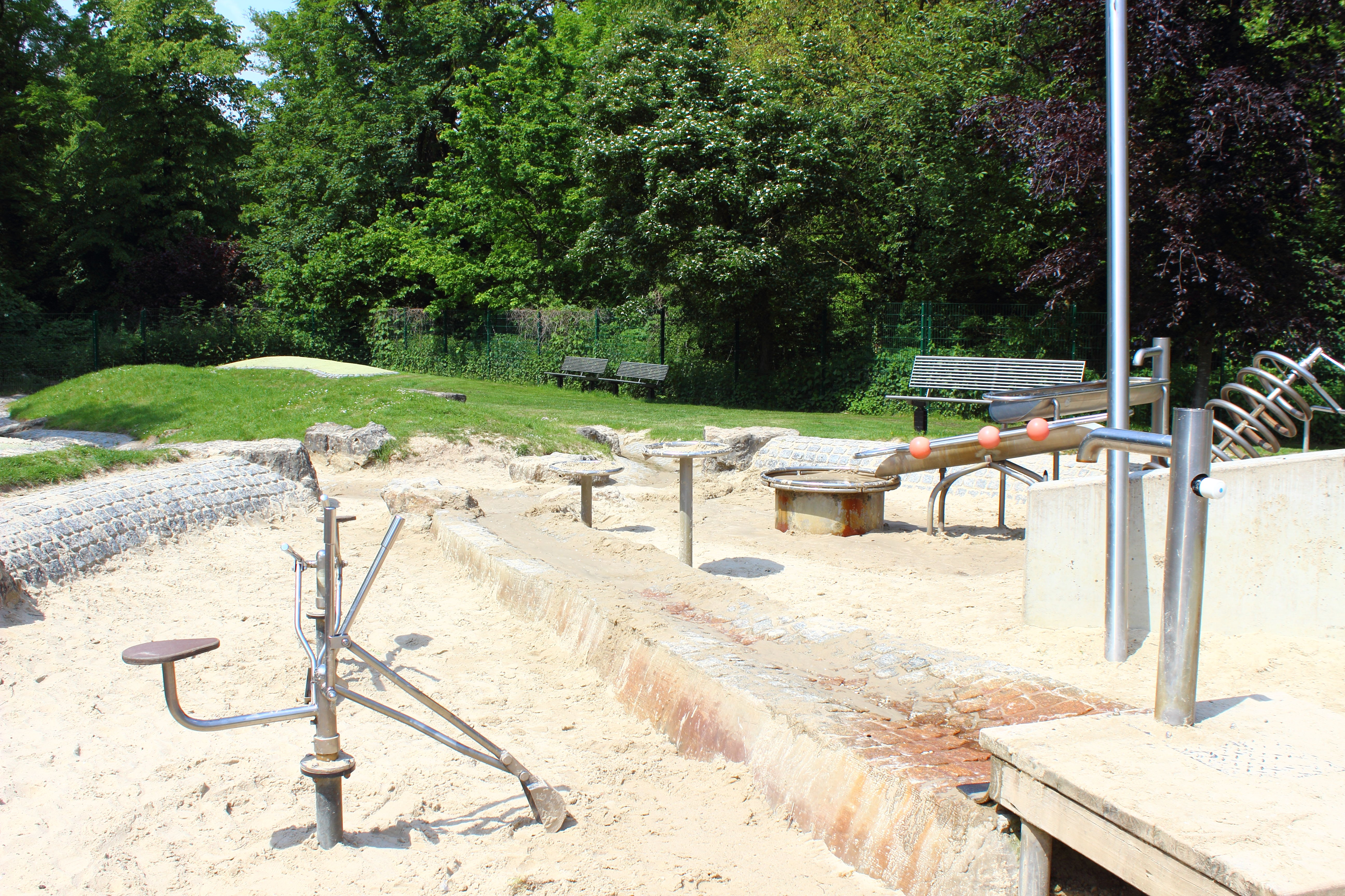 Vier Jahreszeiten Park Oelde Matschspielplatz