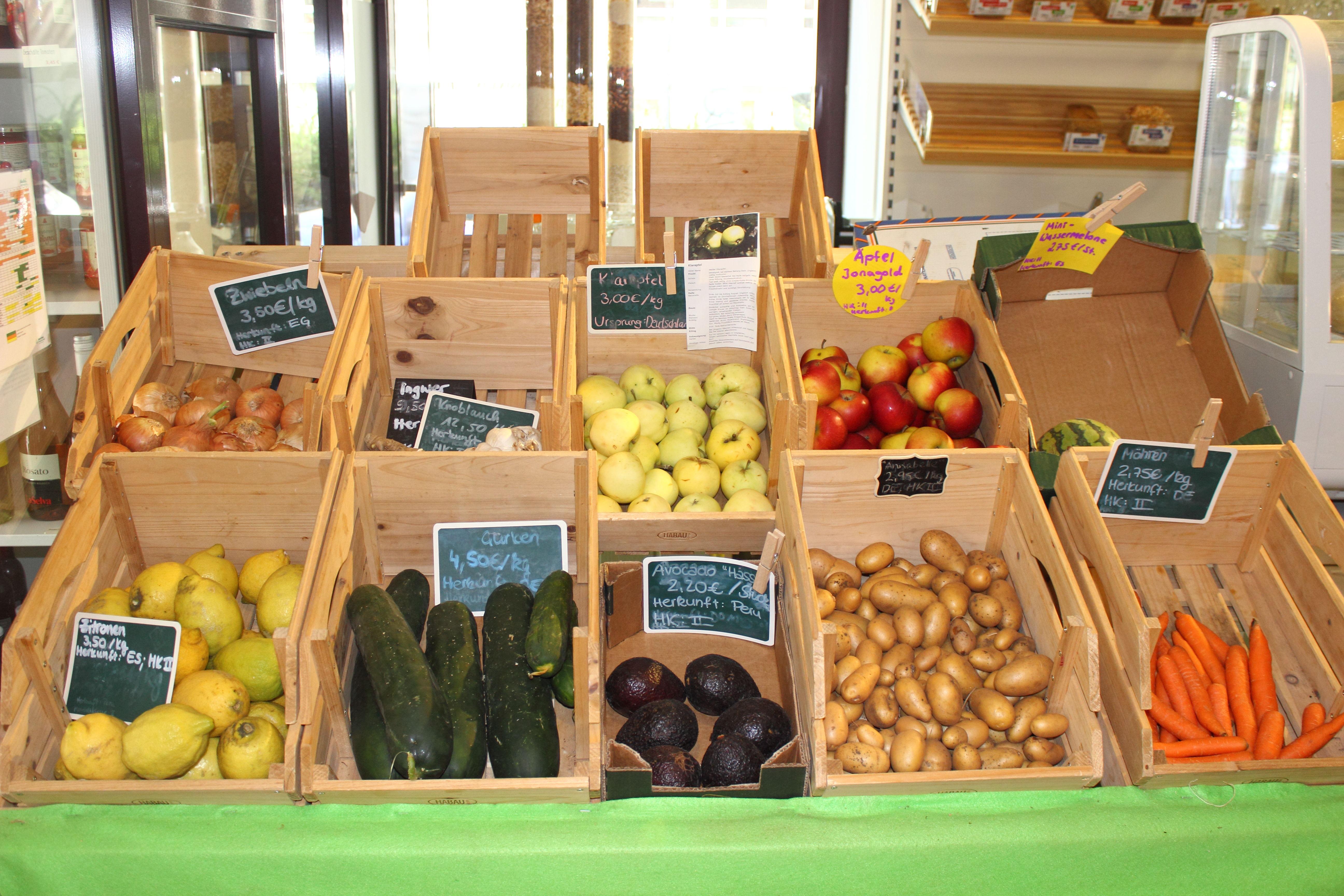 Einzelhandel zum Wohlfüllen Unverpackt Obst und Gemüse