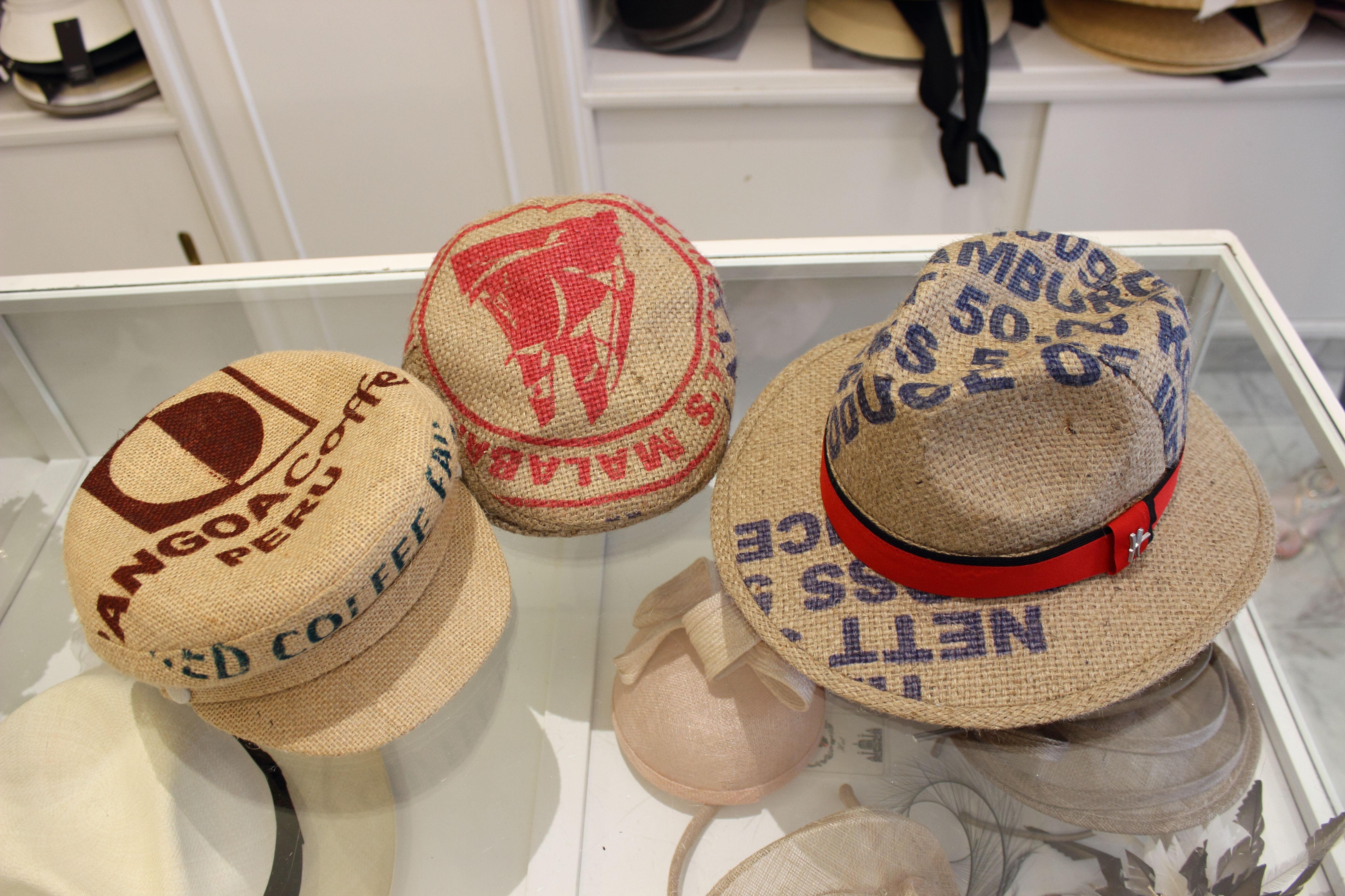 Schmedes Hutatelier Hüte aus Kaffeesäcken